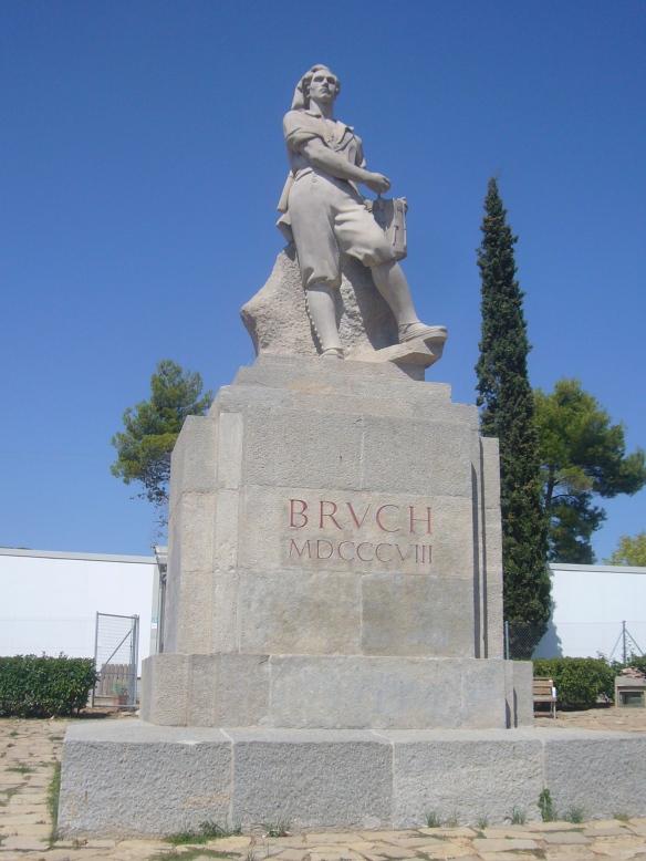 Monument_al_Timbaler_del_Bruc_01