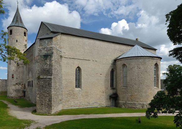 ob_7c4a6b_1024px-haapsalu-linnuse-kirik-2012-768