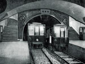 trenes-en-la-estacion-de-metro-tirso-de-molina-madrid-annos-40