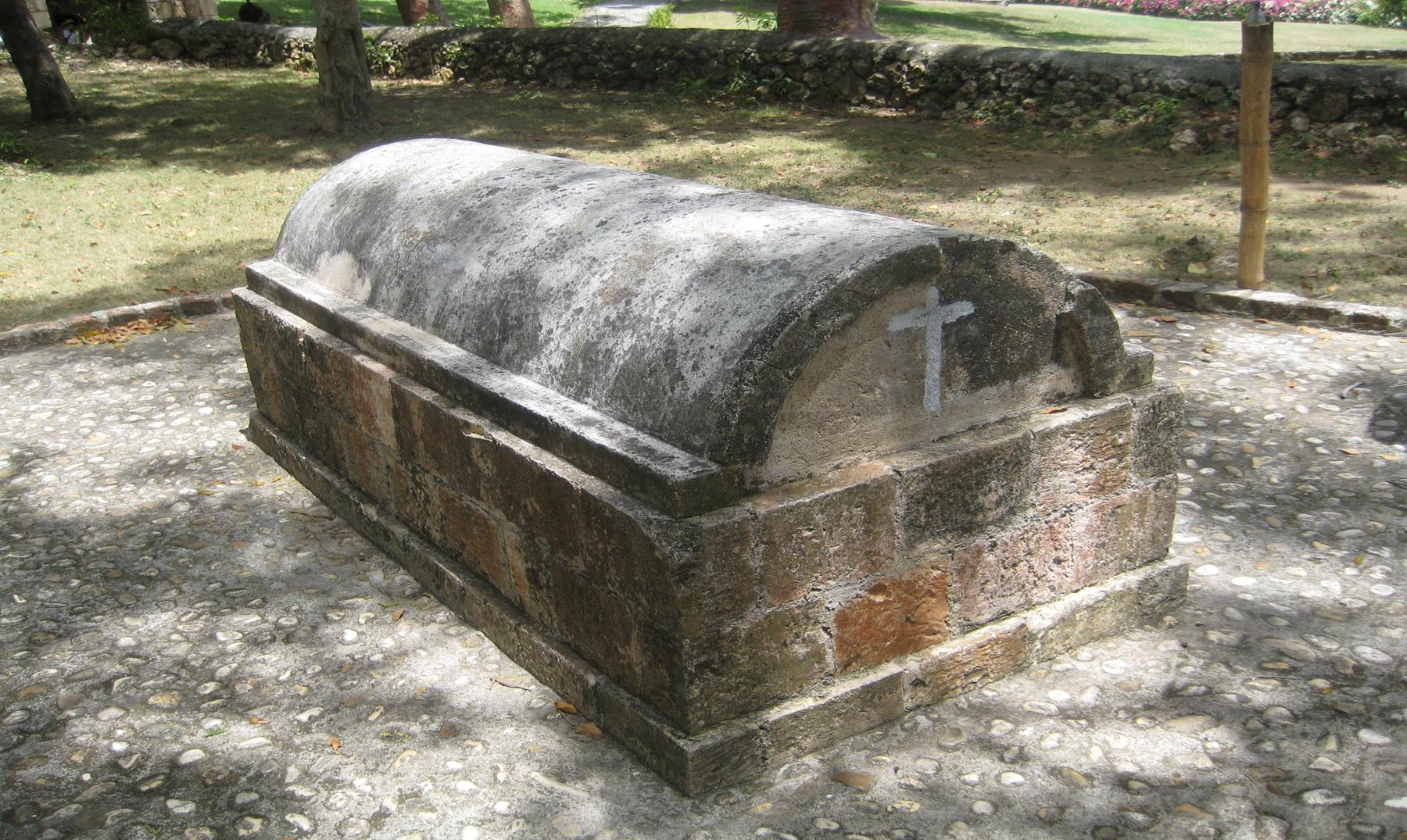 Annie_Palmer_-_Tomb_at_Rose_Hall-Copy