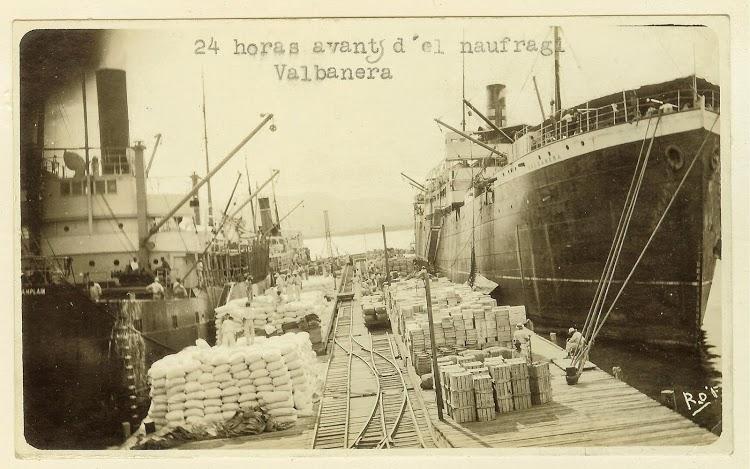 El vapor VALBANERA poco antes de su epico final. Foto Flickr