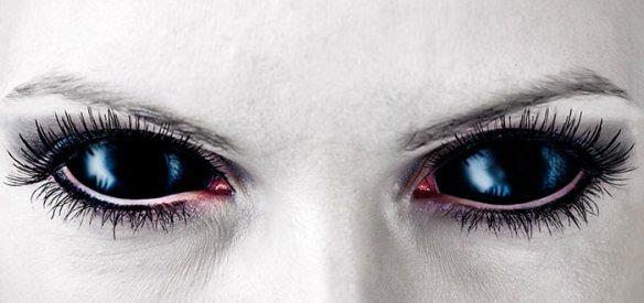 lamia-vampira-ojos
