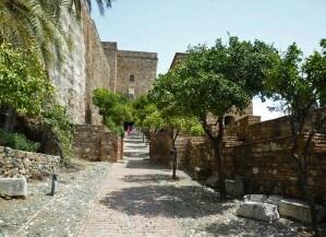 Alcazaba-de-Malaga-02-300x225-1